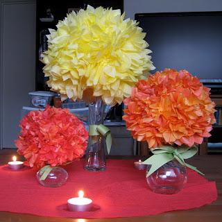 Decoração centro de mesa com pompom de papel de seda!