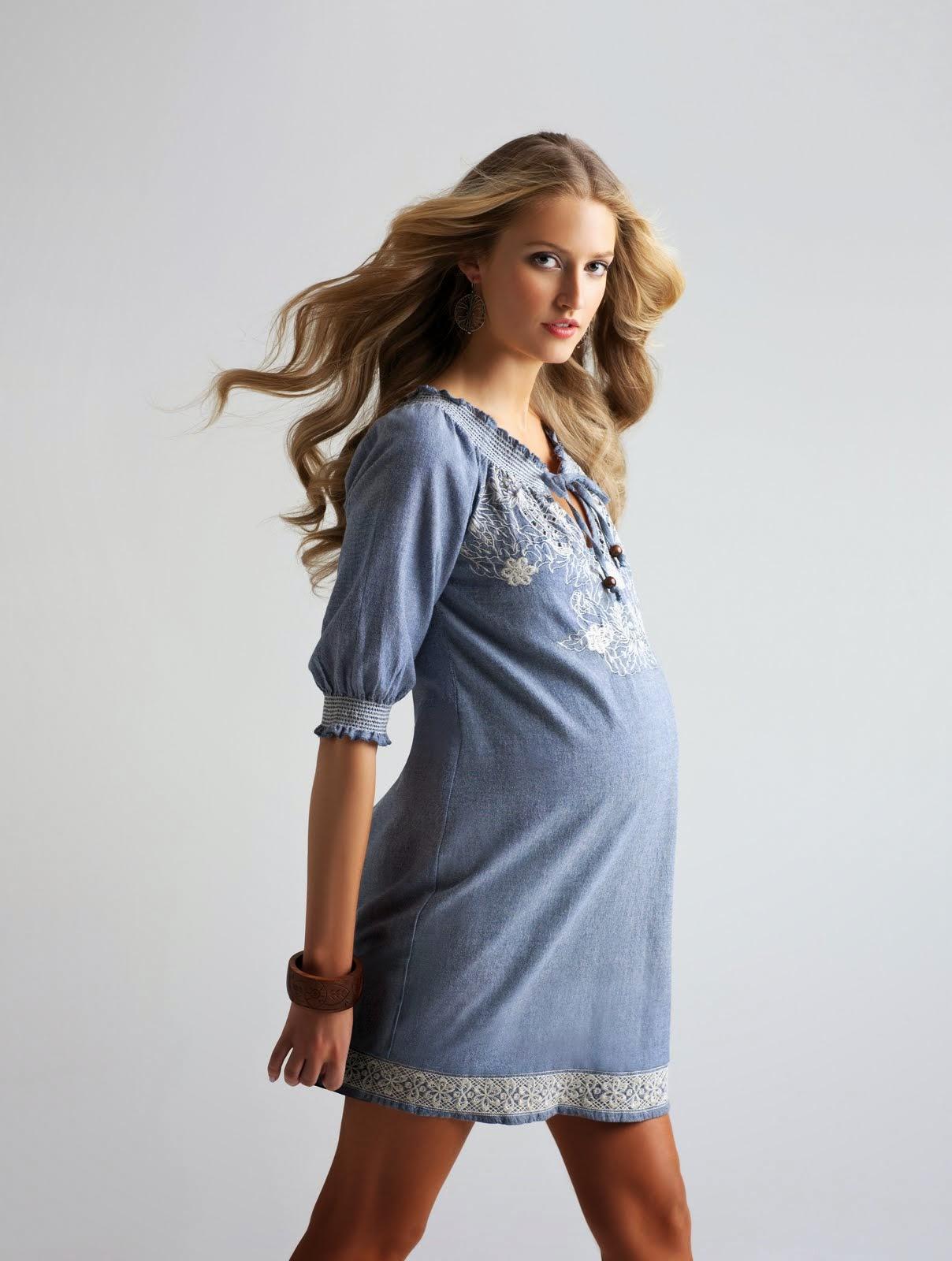 516e3a5d064 fashions show  Find Cute Summer Maternity Wear Designs Silly Fashion