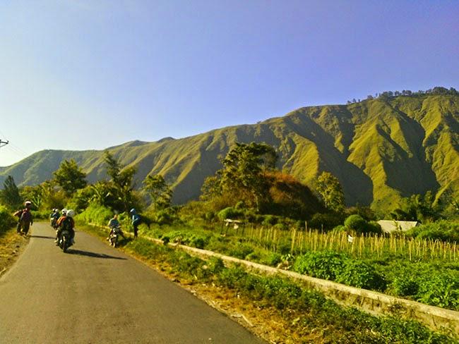 Jalan-Jalan ke Bukit Pergasingan, Sembalun, Lombok Timur