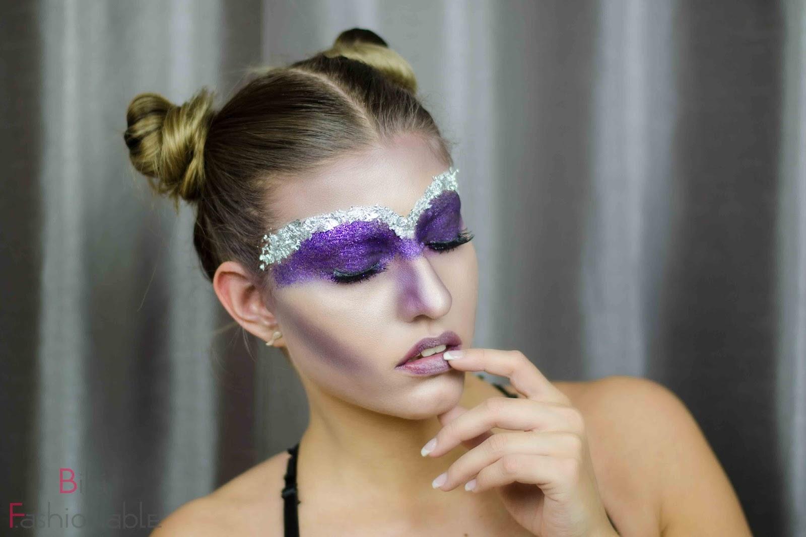 MAC Halloween 2016 Celestial Sorceress inspired Look Augen geschlossen