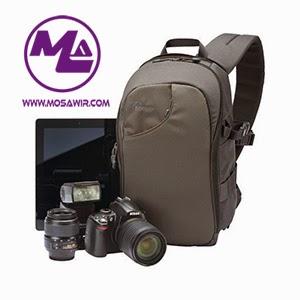 حقيبة الظهر لنقل الكاميرا ومعداتها: