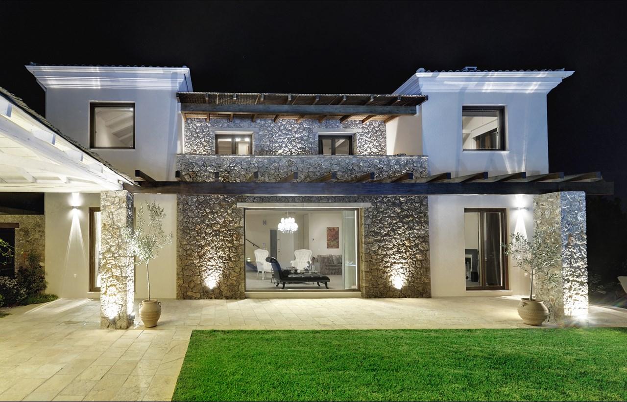 Immagini di interni di case di lusso for Case stile americano interni