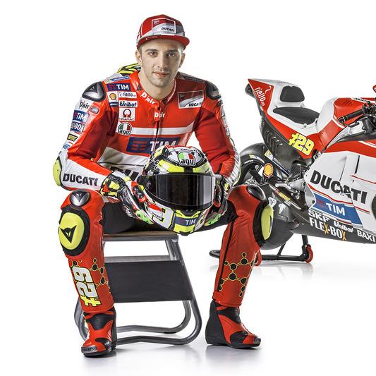 berita motogp : Bos Suzuki : Bukan Hanya Iannone, Juara Dunia Juga Sering Membuat Kesalahan