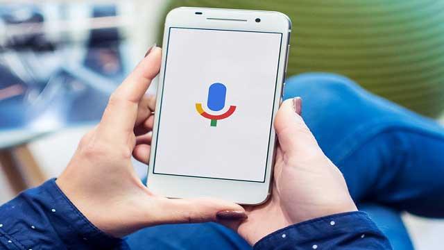 مرحبًا يا جوجل، كيف تطور وتحسن البحث الصوتي ؟