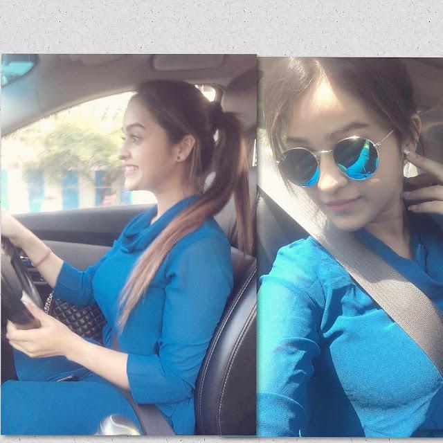 indian-instagram-girl-in-car