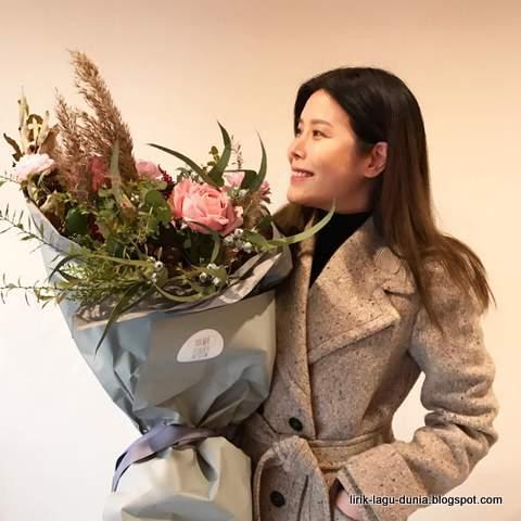 Lirik Lagu LYn - Love Story OST The Legend of the Blue Sea