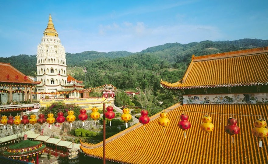 Kek Lok Si, Malaysia - 19 Lesser-Known Travel Destinations To Visit Before You Die