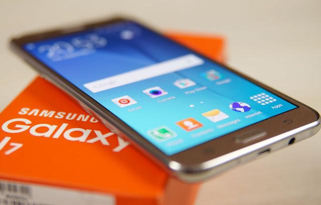 سامسونغ تكشف رسميا عن هاتفها الجديد +Galaxy J7 ذو الكامرتين المزدوجة