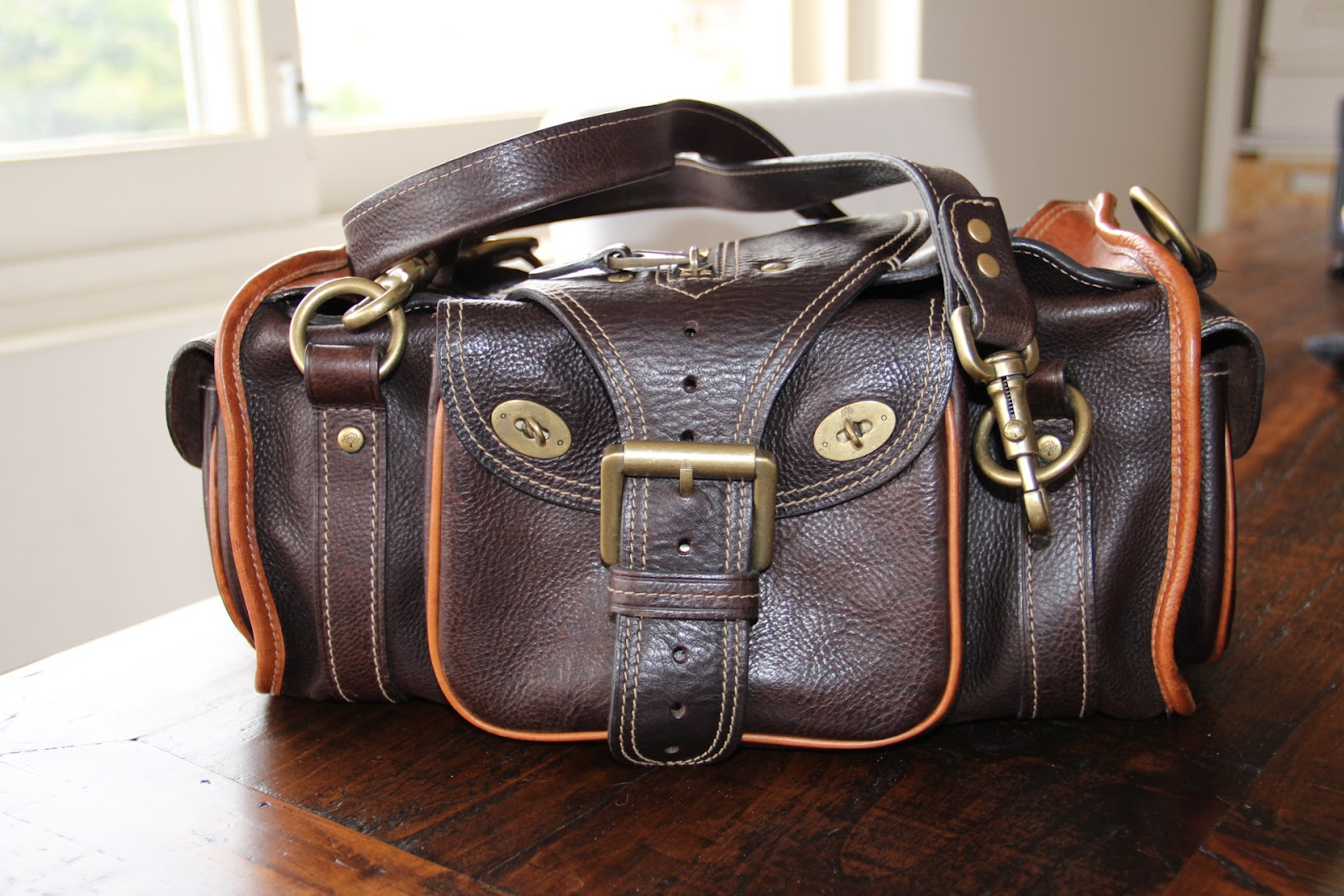 07b0b09c7640 ... sweden mulberry two tone emmy darwin satchel bag purse pu1300 ebay. my  cats say meow