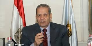 زمة تهدد وزير التعليم بعدم بدء العام الدراسى بموعده لتوقف المطابع عن طبع الكتب المدرسية