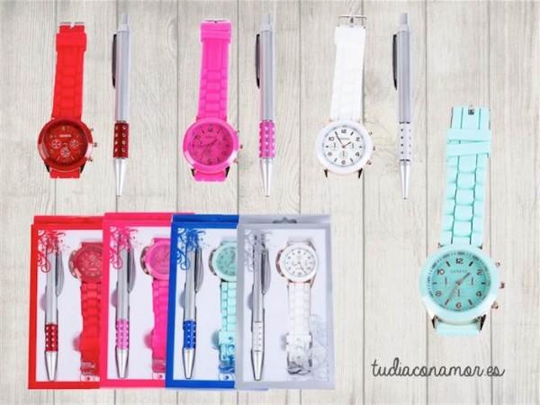 Conjunto de boli y reloj de silicona en diferentes colores para vuestras invitadas. Un detalle moderno y con encanto que les encantará.