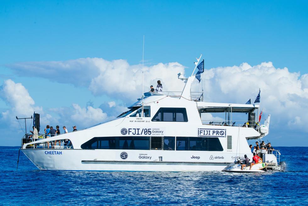 8 Ferry Fiji Pro Fotos WSL Ed Sloane