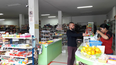 mini market Kemari Sanur