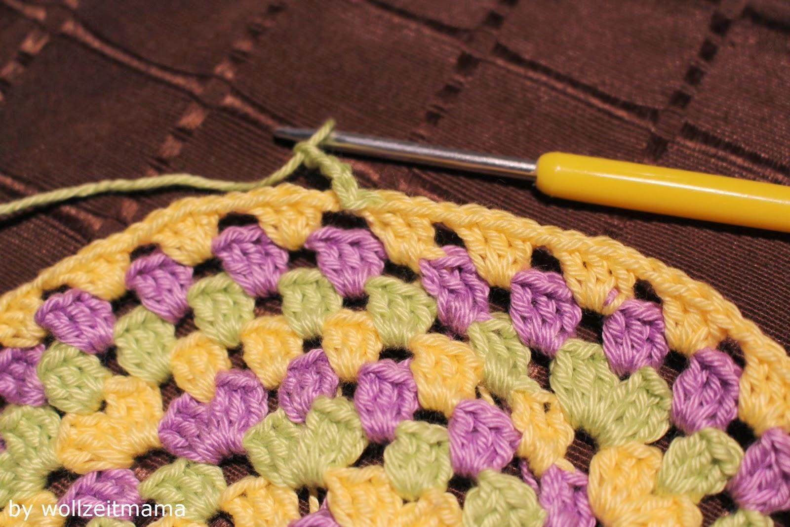 Wollzeitmama Dreifarbige Kindermütze Im Granny Square Muster