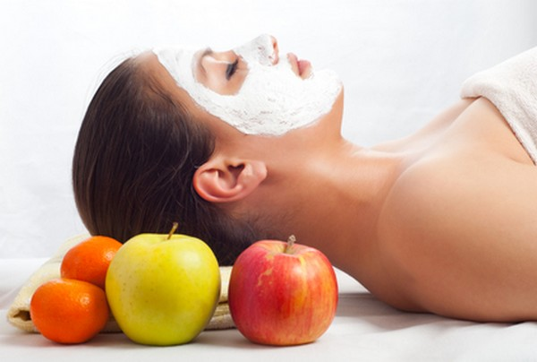 Apple Facial Massage For Oily Skin