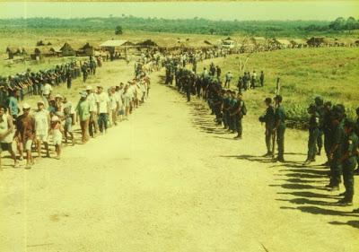 Foto: desocupação da Fazenda Cabaceiras – 2003- Marabá – ocupada pelo MST desde/1999-J.Sobrinho