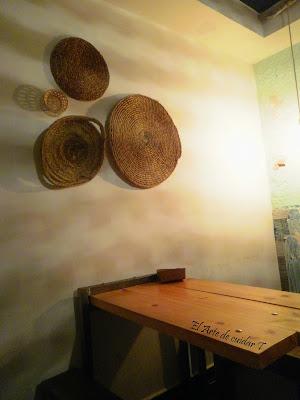 Mesas madera en Café do bico