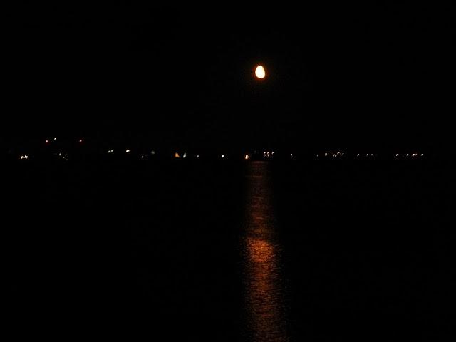 Nysa, Głębinów, Rybak, księżyc, światła