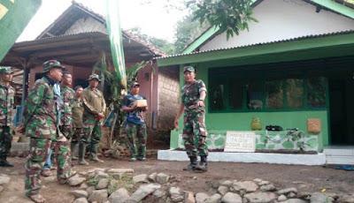 Satgas TMMD 102 Mojokerto Tuntaskan Bedah Rumah Mbah Kosul