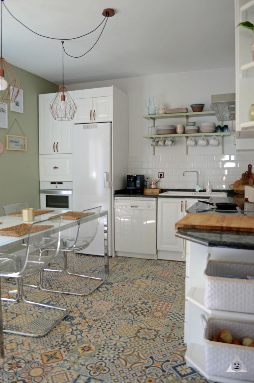 renovación cocina suelo hidráulico