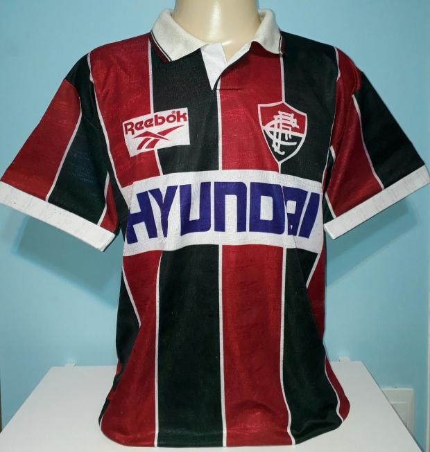 Fluminense aprova os novos uniformes criados pela Under Armour ... c5a3d31e8d045