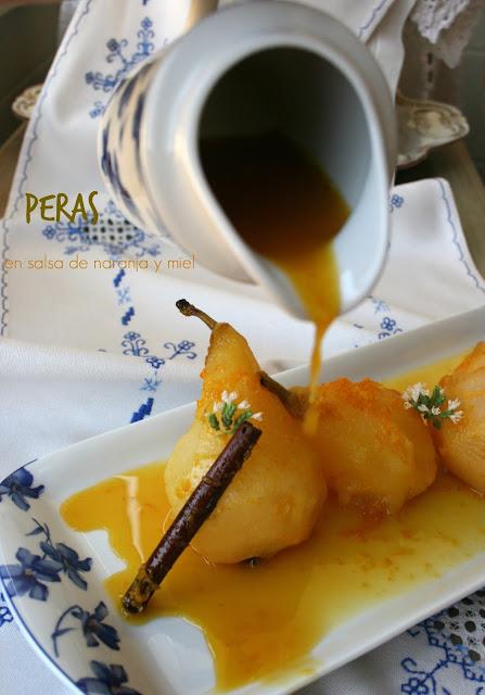 Peras en salsa de naranja y miel