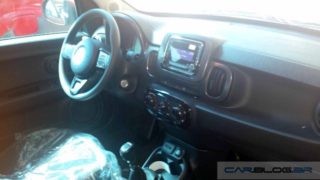 Novo Fiat Mobi 2017 - interior