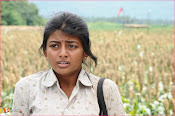 Tholipremalo Movie Stills-thumbnail-11
