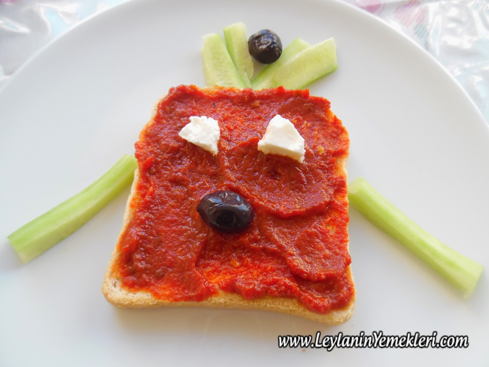 Sebzeli Tost – Çocuk Yemekleri
