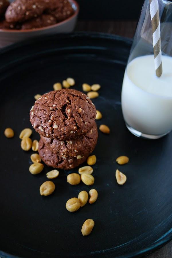 Schokoladen-Erdnuss-Cookies