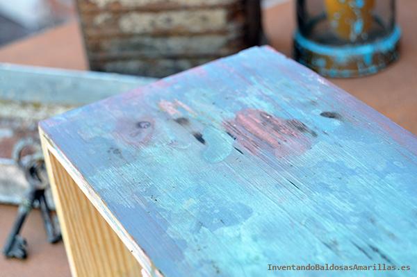 Madera pintada oxidada