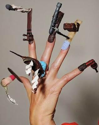 Diseño de uñas de piratas.