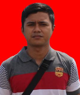 http://caraeditpoto2.blogspot.com/2016/11/buat-poto-ktp-singkat-di-android-picsay.html