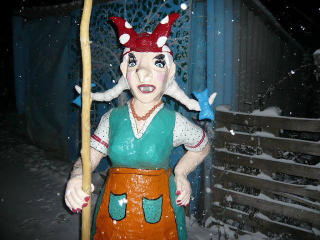 Баба Яга, кукла Баба-Яга, кукла Бабка, куклы, куклы магические, куклы народные, куклы обережные, куклы обрядовые, куклы славянские, куклы текстильные, куклы-мотанки, куклы-скрутки, магия, магия деревенская, обереги, обереги домашние, персонажи сказочные, рукоделие лоскутное, рукоделие магическое, рукоделие обережное, рукоделие обрядовое, рукоделие славянское, символика, славянская культура, текстиль, традиции народныеБаба Яга, кукла Баба-Яга, кукла Бабка, куклы, куклы магические, куклы народные, куклы обережные, куклы обрядовые, куклы славянские, куклы текстильные, куклы-мотанки, куклы-скрутки, магия, магия деревенская, обереги, обереги домашние, персонажи сказочные, рукоделие лоскутное, рукоделие магическое, рукоделие обережное, рукоделие обрядовое, рукоделие славянское, символика, славянская культура, текстиль, традиции народныебаба яга из пластиковых бутылок и монтажной пены, садовые фигуры из пластиковых бутылок и монтажной пены, своими руками, мастер класс, пошаговое фото, сказочный персонаж из отходных материалов, персонаж Баба-Яга, обустройство приусадебного учаска, делаем сами, декор дачи и двора, идеи для детского сада, баба яга скульптура, http://handmade.parafraz.space/