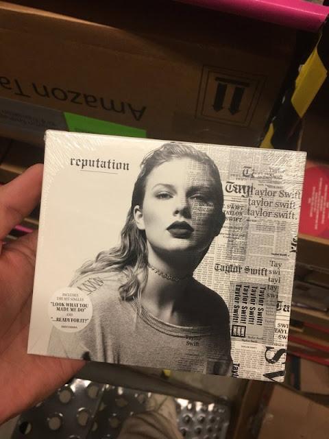 "Tracklist do ""reputation"""