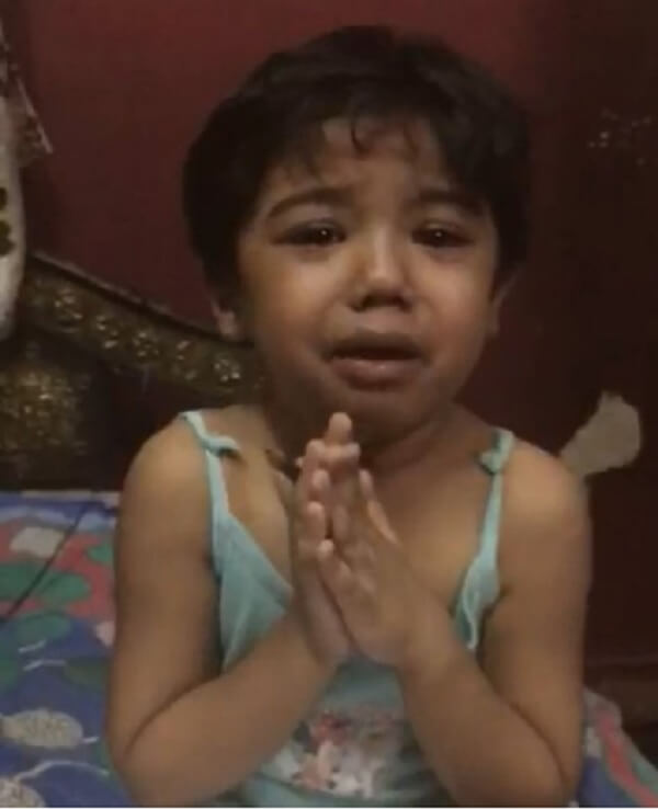 Indian girl experiences domestic abuse from her mother
