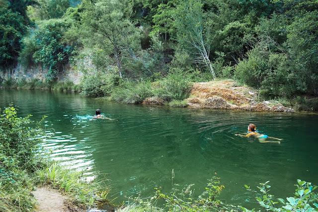 nuotare nel fiume