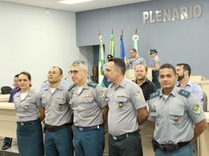 Policiais militares são homenageados durante evento em Cacoal