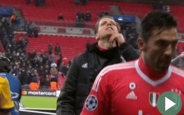 Cựu sao Arsenal vênh mặt, vuốt râu chọc tức Spurs