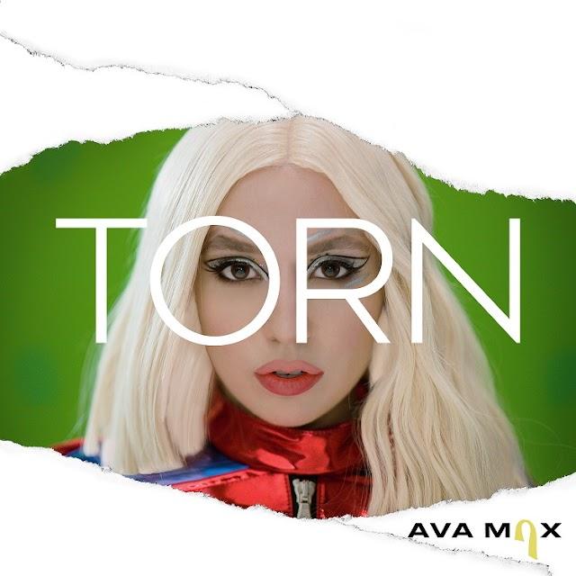 A revelação Ava Max lança clipe do novo single