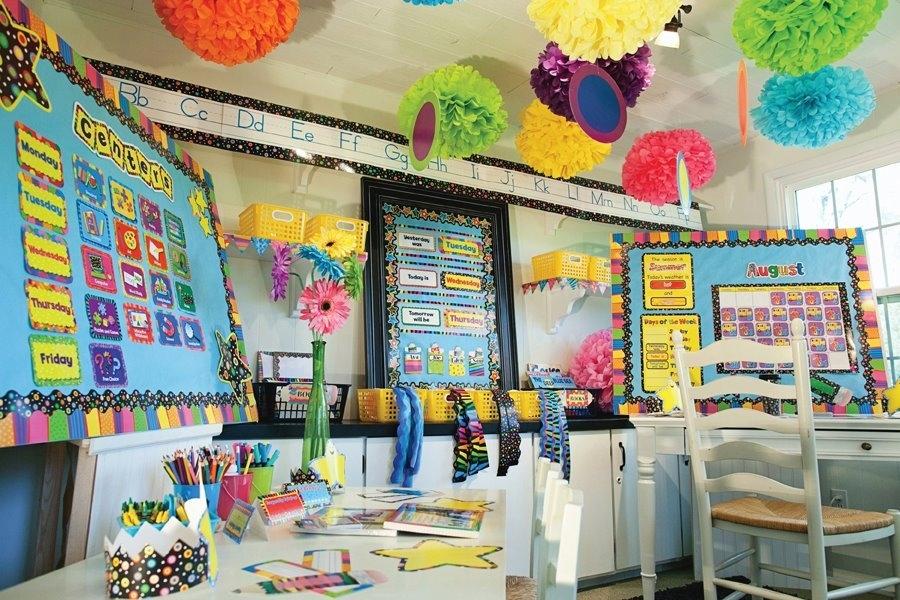 Hiasan Dinding Sekolah TK