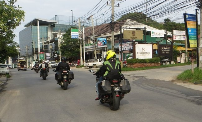 Колонна мотоциклов
