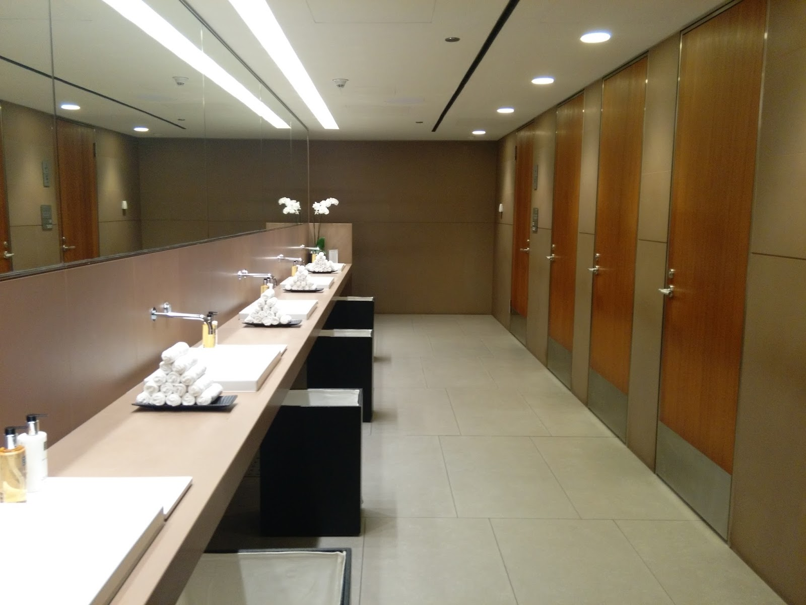 Restrooms and bathrooms in Qatar  Web Search