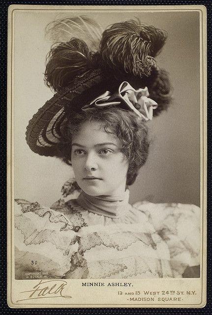 foto wanita paling cantik di dunia jaman dahulu