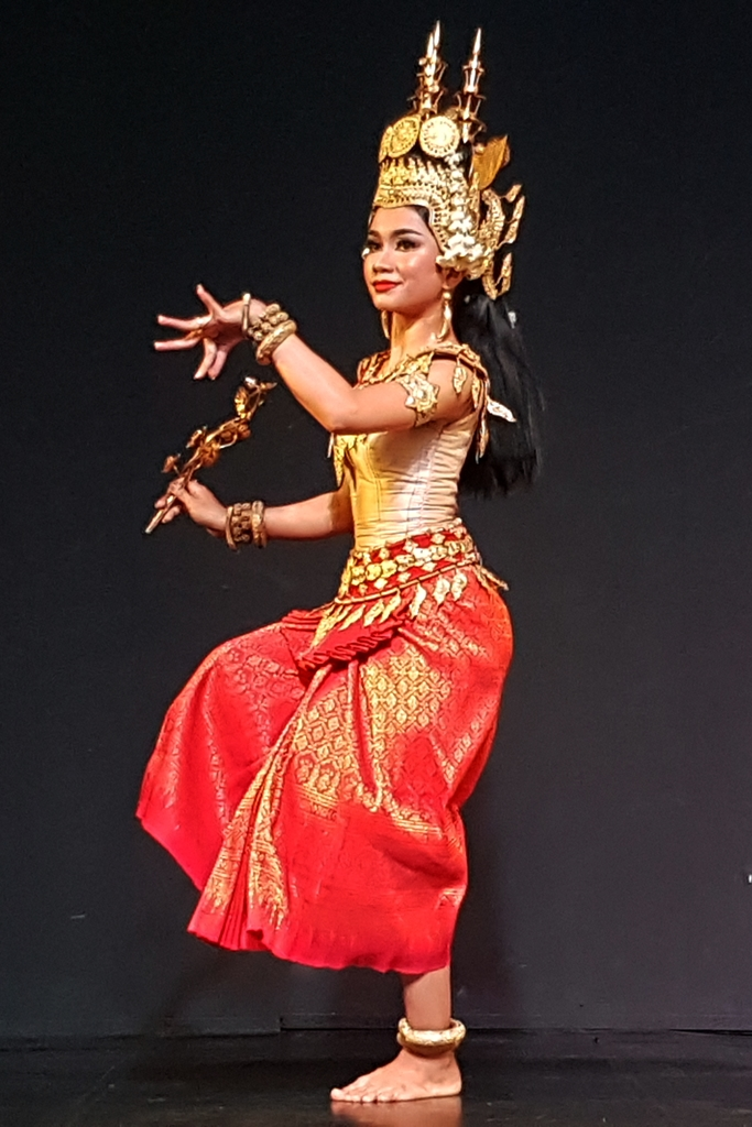 dance costume of cambodian classical performance