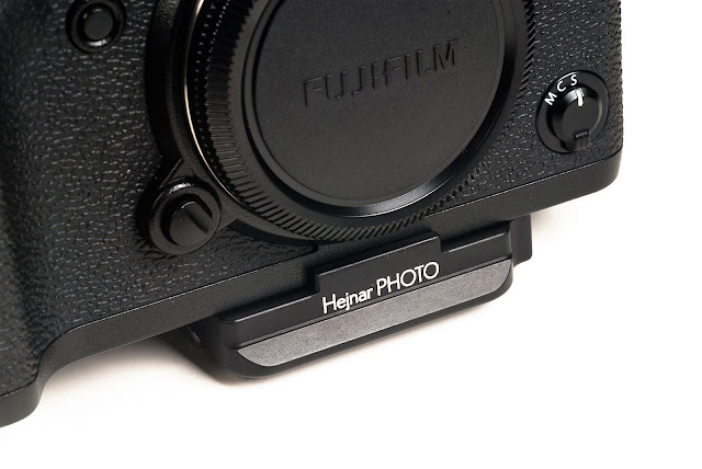 Hejnar D034 QR plate mounted on Fujifilm X-T2