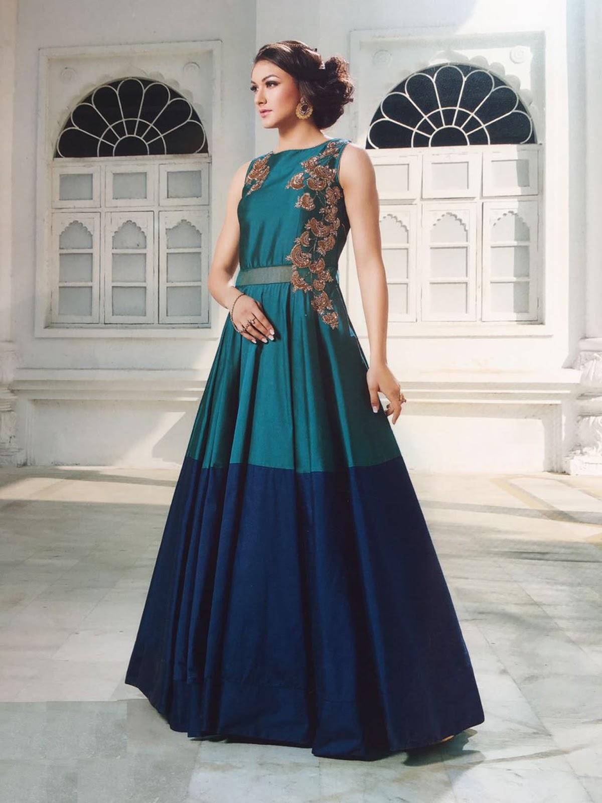 Jiliet – Designer Partywear Tapeta Silk Handworked Gown