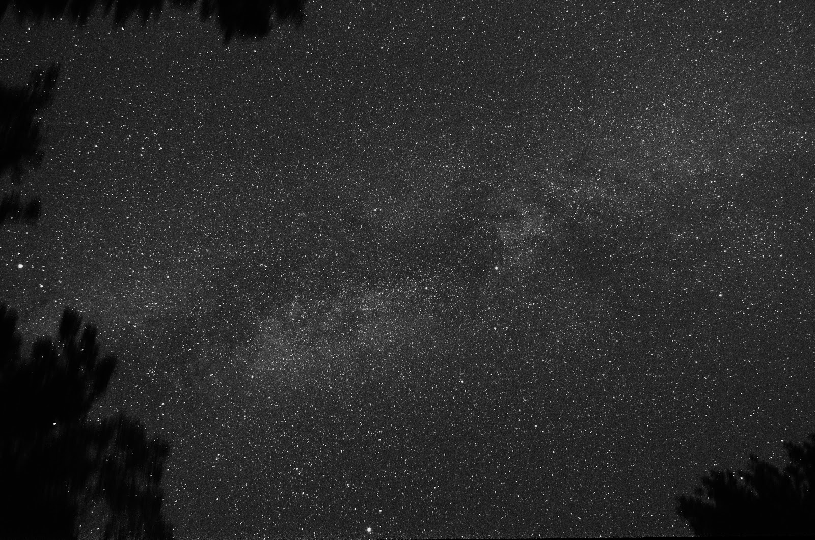 milky way in summer triangle over bradford woods