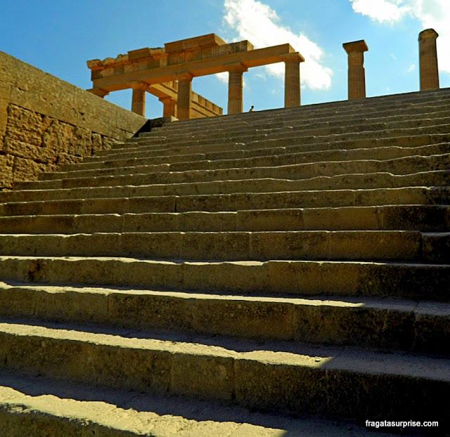 Propileu da Acrópole de Lindos, Ilha de Rodes, Grécia