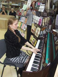 16118497_1224317524322347_55569892_n Anul Renata Verejanu dans Renata Verejanu